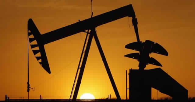 اسعار النفط تتراجع رغم آمال في التوصل لحل النزاع التجاري بين الولايات المتحدة والصين