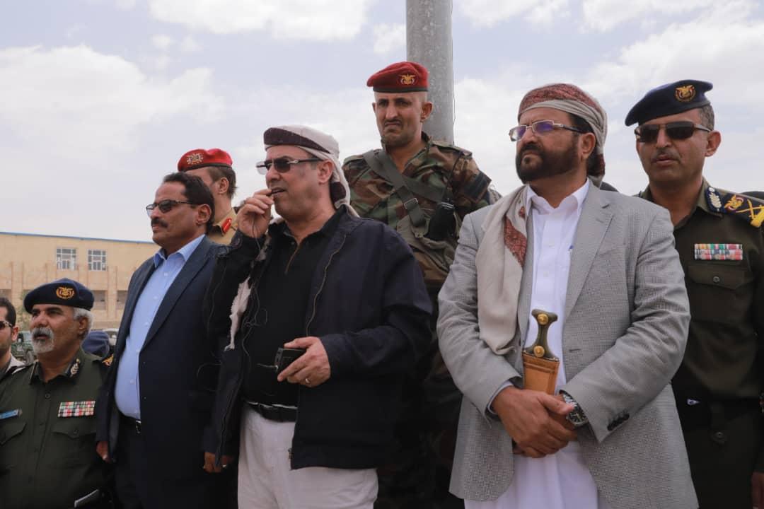 وزير الداخلية ومحافظ مأرب يزوران معسكر قوات الامن الخاصة بالمحافظة
