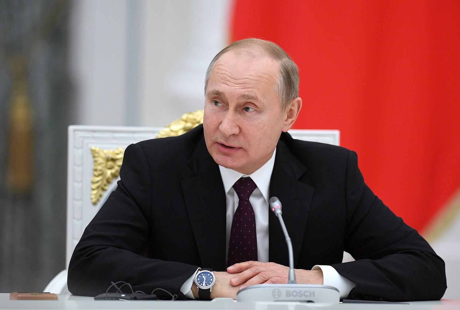 بوتين يعلن حزمة إجراءات لدعم الاسر والشركات
